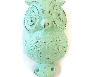 End of Summer Sale Shabby Chic Owl Hook - Mint Owl Hook - Owl Wall Hook - Rustic Wall Hook - Animal Wall Hook - Decorative Wall Hook - Shabb