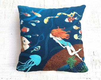 Fish pillow, underwater Pillow, blue pillow , illustrated pillow , Throw Pillow , ZIPPER CLOSE, Pillow Covers, forest Decorative