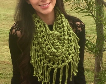 Chunky Cowl, Infinity Scarf, Crochet Cowl With Fringe, Super Soft Green Scarf, Circle Scarf, Fall Fashion, Winter Fashion, Ready To Ship