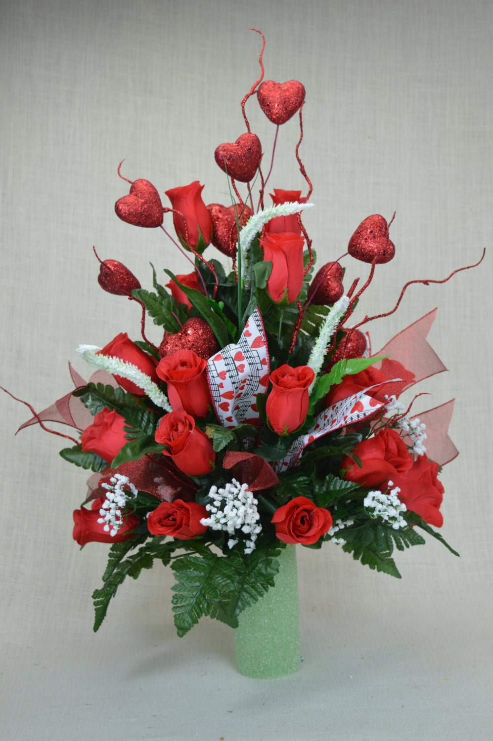 No s valentine red roses cemetery flower by