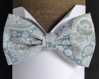 Blue paisley bow tie, pre tied or self tie bow tie, bow ties for men, wedding bow tie