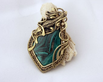 """Pendant with tagilitе """"green lizard"""""""