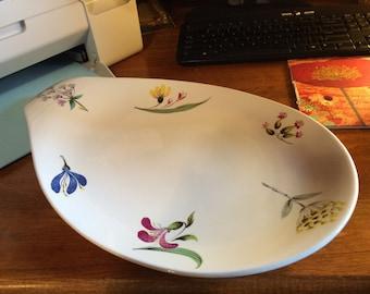 """Hallcraft 17"""" Eva Zeisel Platter in the Bouquet Pattern"""