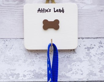Dog - Personalised Dog Lead Hanger - dog lead hook - holder - New Puppy - Gift for Dogs - Gift for Dog Owner - Dog Lover Gift - Siop Gardd