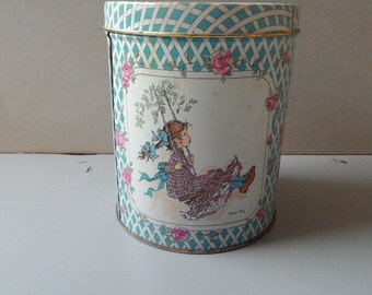 Tin box-Sarah Kay-country chic tin box vintage-vintage-commercials-80 years-box collection