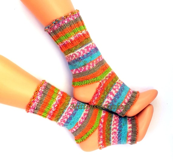 Very Pink Knits Sock Pattern : Orange Pink Blue Green Hand Knitted Yoga Socks Stylish