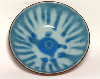 Ceramic bowl with blue glaze