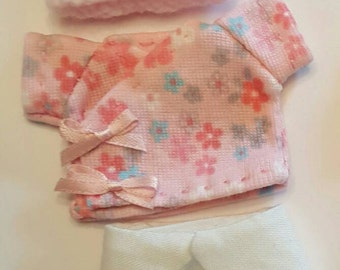 Adorable diaper set to fit 4 to 5 inch baby