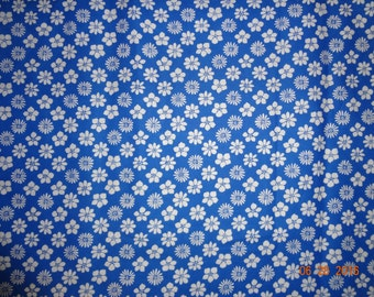 "2 1/2 Yards Blue & White Floral Print Cotton Fabric - 45"" wide"