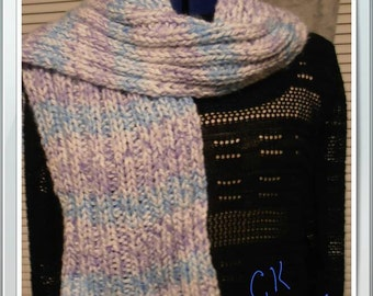 Ribbed purple and blue scarf