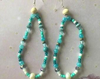Sea side blue loop earrings