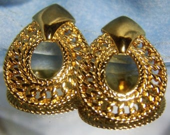 """Vintage Avon Gold Tone Large Open Filigree Earrings Pierced-NEW-Never Worn-NEW BACKS--1 5/8""""  X 1 1/4""""  CiRCA 1990'S  >40 % Off<<ReDUCED <<"""