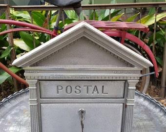 Unique Janzier faceplate heavy gauge metal locking mailbox