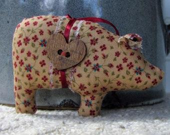 primitive pig, country ornament, primitive country, farm animal ornament, handmade primitive, folk art pig, primitive fabric pig, USA made