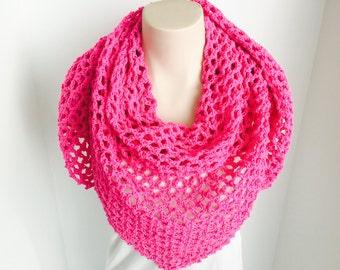 Crochet Triangle Summer Wrap | Pink | iWrap v2.0