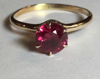 Vintage Ostby Barton 10k Yellow Gold Solitaire Synthetic Ruby Ring