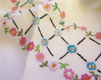 Vintage Embroidered Table Cloth, Floral Table Cloth,  91 x 80 cm / 35,8'' x 31,4'' Pink Blue Red Flowers, Scandinavian Embroidery # 2-07