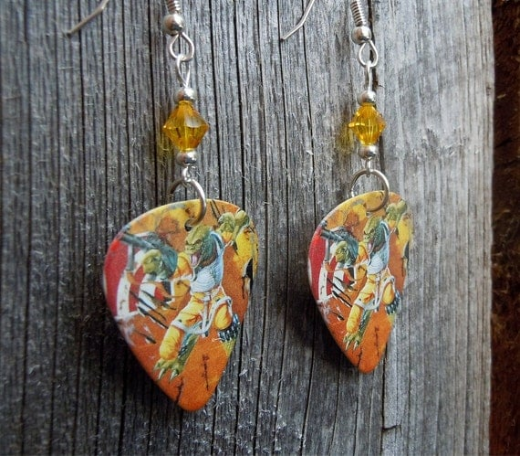 star wars bessk guitar pick earrings with yellow by itsyourpick. Black Bedroom Furniture Sets. Home Design Ideas