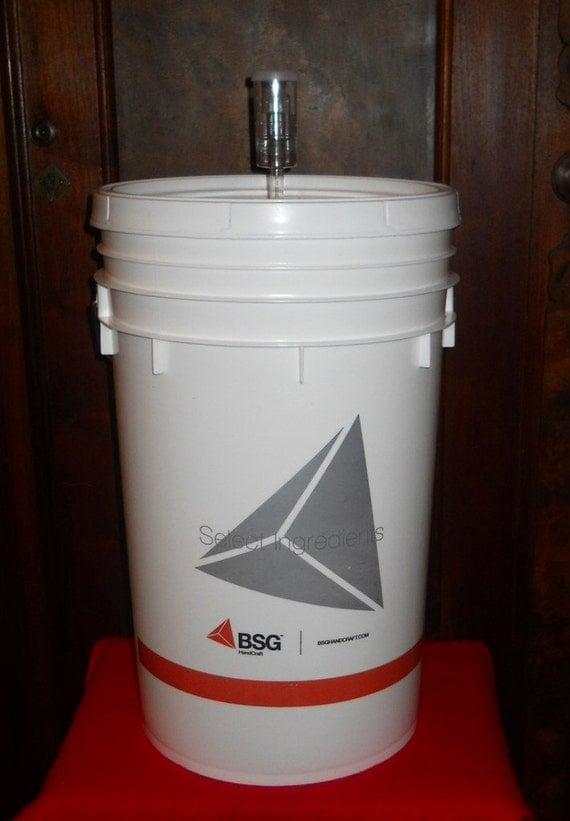 Fermentation Bucket W Lid And Airlock 6 5 Gallon Primary