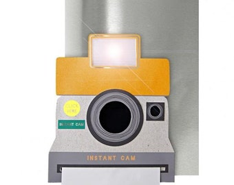 Luxury Greeting Card: 'Polaroid' Camera card with real flash!