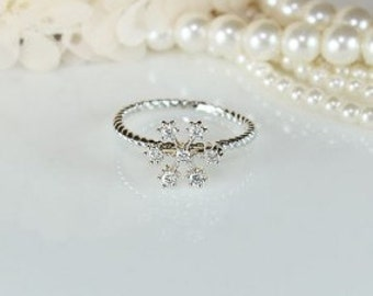 Snow Flower Limited Ring