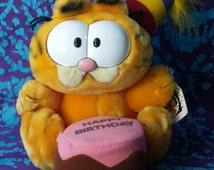70's Toys ~ Vintage Garfield the Cat ~ Happy Birthday Cat ~ Year of the Party ~1978 ~ Jim Davis ~ Stuffed Animal ~ Plushie ~  R. Dakin & Co.