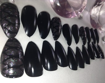 press on snakeskin nails, stiletto nails,pointy nails,fake nails, false nails,nail art, fake nail set,glue on nails,artificial nails,nails