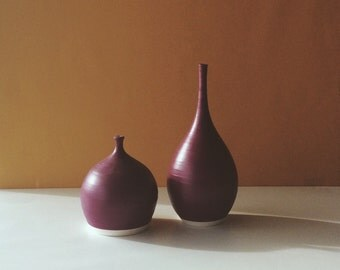 deep purple bud with teardrop vases set of two