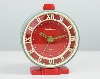 10% OFF Alarm Clock Soviet mechanical alarm clock Desk clock Russian Vintage Alarm Clock Made in USSR Retro alarm clock antique clock Jantar