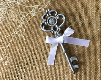Boutonniere/ wedding boutonnière/ key boutonnière/ wedding accessory/ celebration boutonnière/ woodland boutonniere/ rustic boutonnière