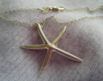 Large Starfish Sterling Silver Necklace in Sterling Silver Chain NBJ346
