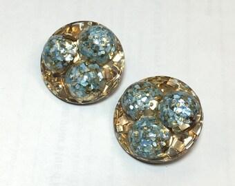Glitter Earrings 50s Gold Turquoise Clip Earrings   Lucite Earrings