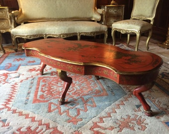 Magnificent Antique Style Coffee Table Chinoiserie Red Lacquer Chinese Gilded