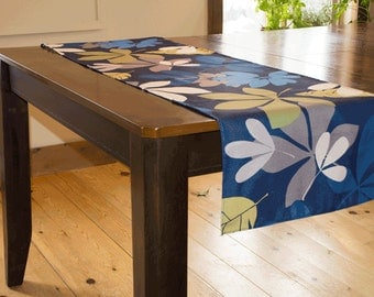 Table runner, table center, tableware, dining room decoration, tablecloth, fabrics Feuillus Blue, customizable dimension