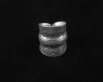 Handmade Sterling Silver Double Groove Statement Ring 'Tribal Spirit'