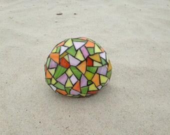Lilly Mosaic Rock
