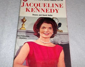 JACQUELINE KENNEDY Biography from 1961 before JFK assassination