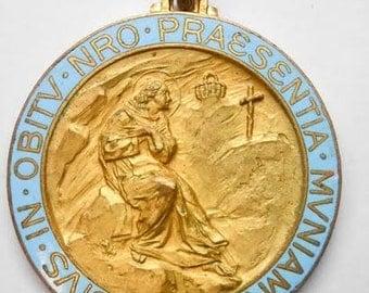 Antique Bronze Enamel Saint Benedict Door Medal Medalion Eivs In Obitv Nro Praesentia Mvniamvr