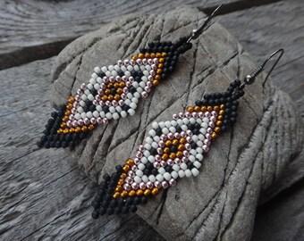 Beaded earrings. Native american earrings. Brick stitch. Seed beads