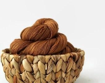 Hand dyed lace yarn superwash merino - Peanut butter