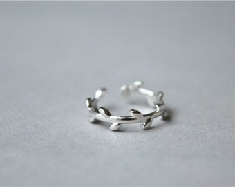 Simple Leaf 925 sterling silver ring, shiny dainty silver ring (J41)