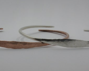 Hammered Bangle in Silver or Copper