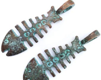 Trailer, fish bone, fish, green patina, 37mm, 2 PCs