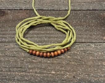 Silk bracelet / in  moss