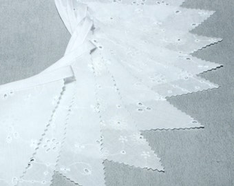 Wedding Bunting, Banner, White Weddings Decorations, Lace Bunting Garland, White,  Fabric Flags Garland, Photo prop