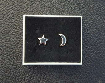 Gothic star and moon earrings
