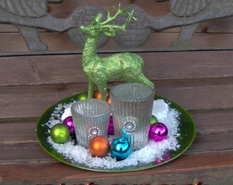 "Table decorations: ""green glitter-deer"""