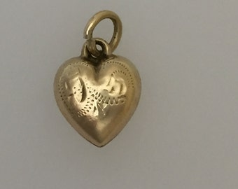 9ct Gold Hollow Heart Charm