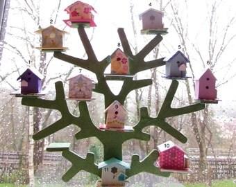 Miniature birdfeeder-scale 1:12-Dollhouse miniatures