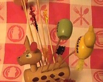 Vintage Wooden Deer Hors D'oeuvres Pick Holder With 6 Picks